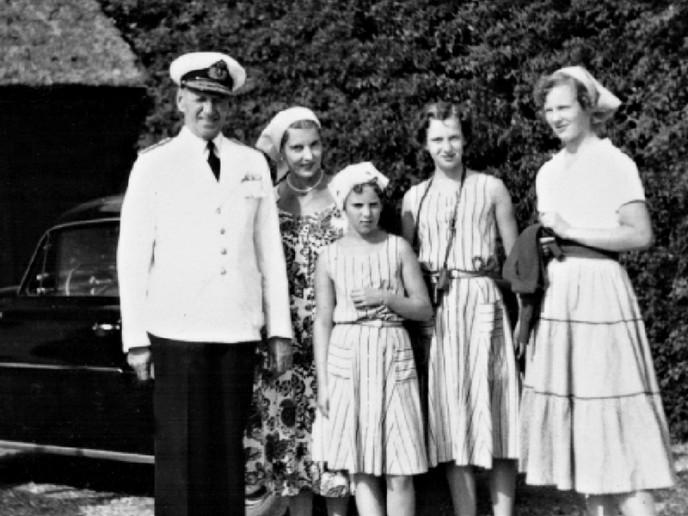 Familieidyl på Drejø i sommeren 1957